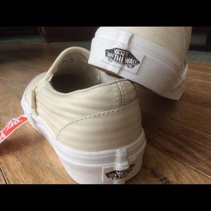 852ddabbb5 Vans Shoes - VANS-Off The Wall  Leather